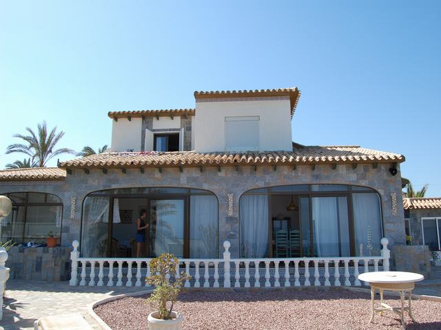 4 bed Villa for Sale in Cabo Roig